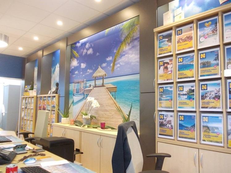 Secondhand Ausstellung für Reisebüroeinrichtungen. Es muss nicht ...
